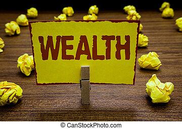 wealth., chiffonné, argent, valable, papier, possessions, écriture, note, luxe, riche, papiers, plusieurs, être, photo, tenue, business, pince, très, projection, jaune, abondance, tries., showcasing, ou