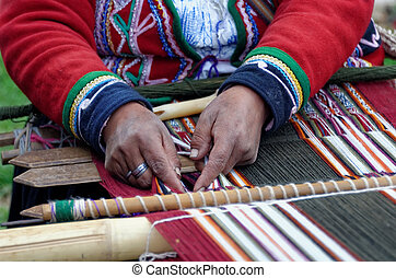 weaving in peru