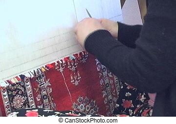 Weaving silk carpet