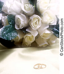 wedding bands with white roses