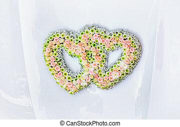 Wedding Bouquet on the Bonnet - Wedding Bouquet on the Car...