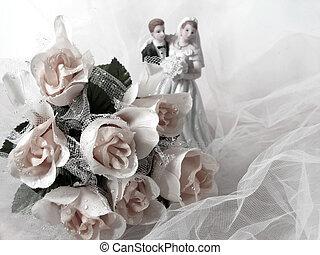 Wedding - Bride and groom figurine, rose bouquet (artificial...