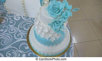 wedding cake beautiful wedding cake video is the restaurant...