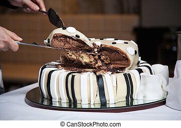 wedding cake in shallow depth of field