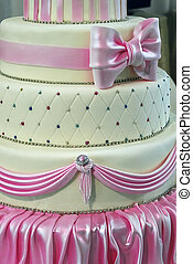 Wedding cake specially decorated. Detail 1