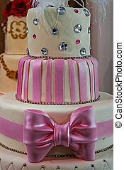 Wedding cake specially decorated. Detail 2