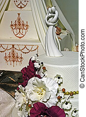 Wedding cake specially decorated. Detail 28