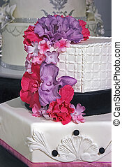 Wedding cake specially decorated. Detail 4