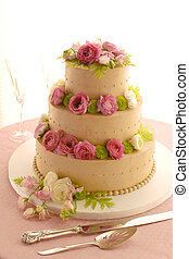 Wedding cake with Pink Flowers.