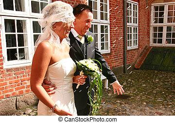Wedding couple rice