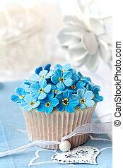 Wedding cupcake - Cupcake decorated with sugar...