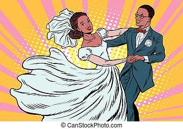 Wedding dance bride and groom