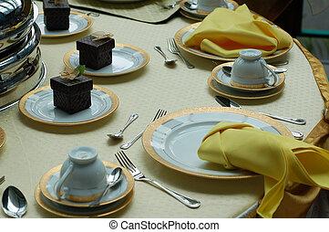 wedding dineer table - Malay wedding dinner table