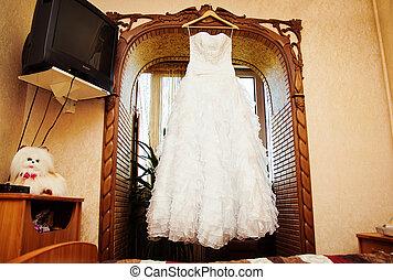 Wedding dress - White Wedding dress