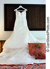 Wedding dress - Beautiful white lace and silk wedding dress.