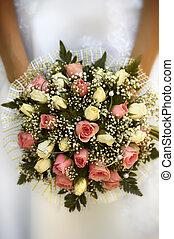 wedding flowers(soft f/x) - bridal bouquet(focus on the ...