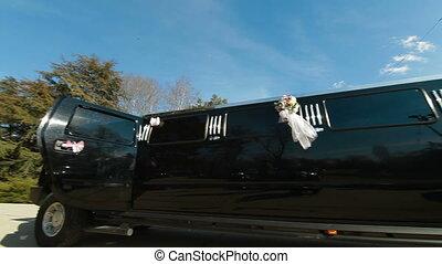 Wedding Limo - Wedding limousine