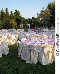 wedding reception 5 - overview of a wedding reception setup