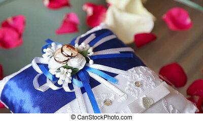 Wedding rings at wedding day glass