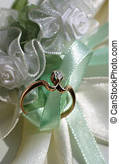 Wedding rings - Diamond ring