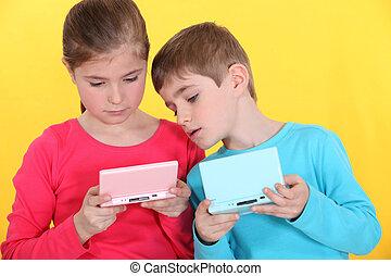 wedstrijd console, spelend, handheld, kinderen