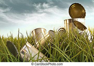 weggeworfen, aluminium, dosen, in, großes gras