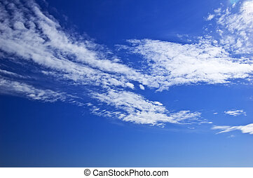 weiße wolken, auf, blauer himmel