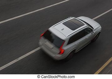 weißes, auto, bewegt, auf, stadt, straße