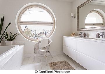 Gro badezimmer modern fenster bucht badezimmer for Rundes fenster