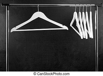 Kleiderstander Weis Metall ~ Kleiderbügel weißes gestapelt hemden hängender .