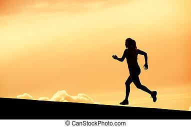 weibliche , läufer, silhouette, rennender , in, sonnenuntergang