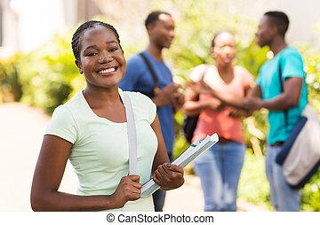 weiblicher afrikaner, amerikanische , akademiker, auf, campus