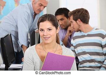 weiblicher student, in, a, computerklasse