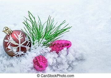 weihnachten, card., kiefer, zweig, und, spielzeuge, auf, a, hintergrund, von, weißes, snow.