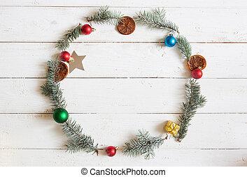weihnachten, runder , frame., tannenzweige, weihnachten, poinsettia, auf, hölzern, weißes, hintergrund., wohnung, legen, draufsicht