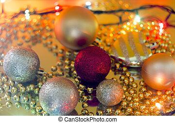 weihnachten, spielzeuge, auf, a, gelber , girlande, fokus