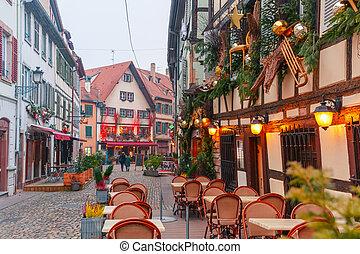 Dekoration strassburg drau en weihnachten frankreich for Frankreich dekoration