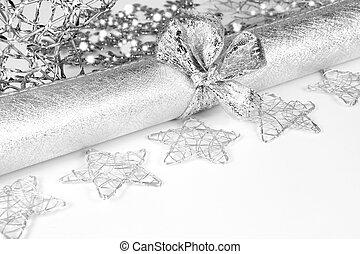 weihnachtlicher tisch, dekoration