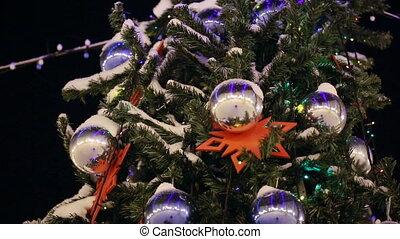 weihnachtsbaum, draußen