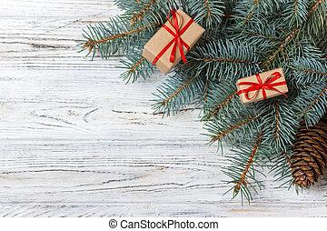 weihnachtsgeschenk, kästen, und, tanne, zweig, auf, hölzern, tisch., draufsicht, mit, kopieren platz