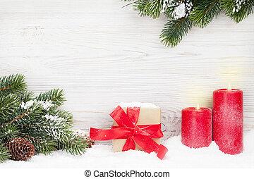 weihnachtsgeschenk, kasten, kerzen, und, tanne