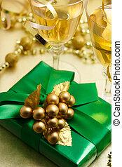weihnachtsgeschenk, mit, champagner
