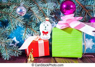 Geschenke Russland Weihnachten.Santa Maid Claus Schnee Geschenke Tasche Hintergrund