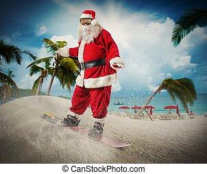 weihnachtsmann, mit, snowboard, in, a, sandstrand