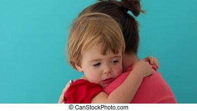 weinig moeder, schattige, het koesteren, kind