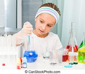 weinig; niet zo(veel), chemie, flasks, meisje
