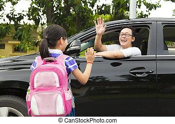 weinig; niet zo(veel), goed, vader, school, zeggen, voorkant, meisje, tot ziens