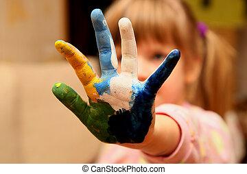 weinig; niet zo(veel), handen, meisje, verf