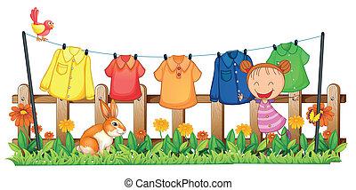 weinig; niet zo(veel), kleren, tuin, meisje, hangend