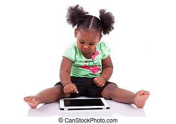 weinig; niet zo(veel), tablet pc, amerikaan, afrikaan, gebruik, meisje